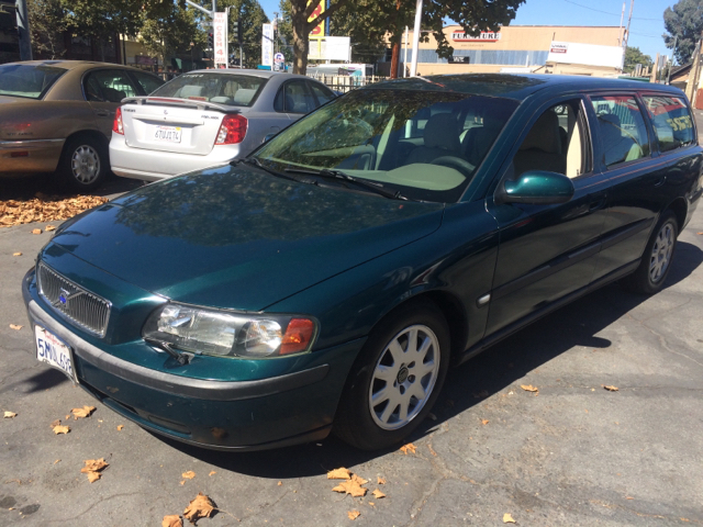 2001 VOLVO V70 24M 4DR WAGON green abs - 4-wheel anti-theft system - alarm cassette center con