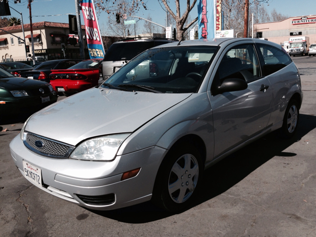 2005 FORD FOCUS ZX3 S silver air conditioningamfm radioanti-brake system non-abs  4-wheel abs