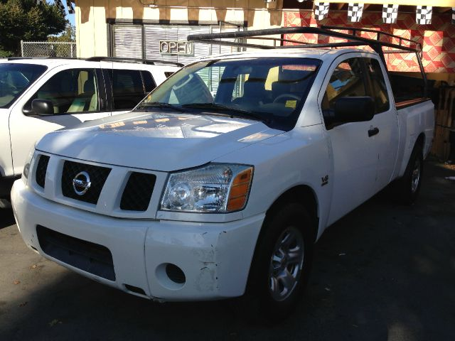 2004 NISSAN TITAN XE KING CAB 2WD white abs brakesair conditioningamfm radioanti-brake system