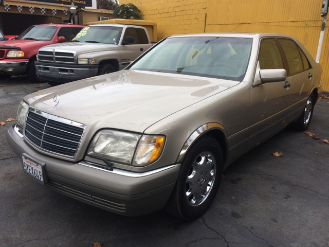1996 MERCEDES-BENZ S-CLASS S420 4DR SEDAN gold the mileage represented on this vehicle is the actu