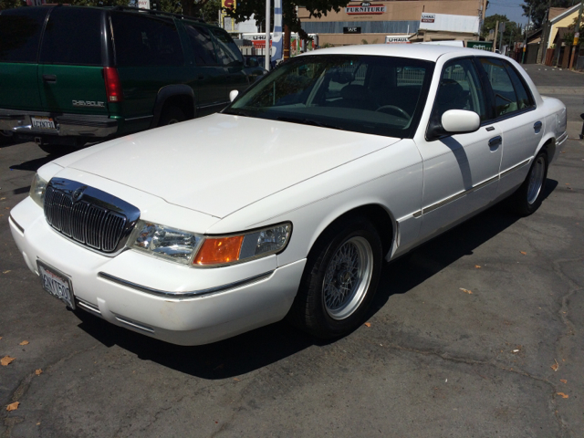 1999 MERCURY GRAND MARQUIS LS 4DR SEDAN white cassette cruise control exterior entry lights ext
