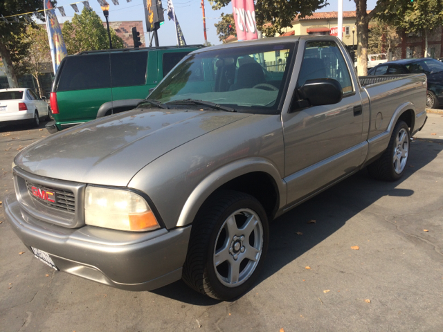 2000 GMC SONOMA SL 2DR STANDARD CAB SB gold abs - 4-wheel axle ratio - 373 daytime running ligh
