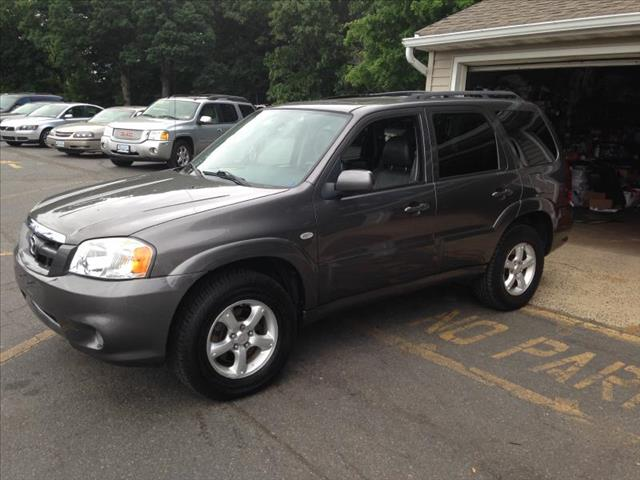 used 2005 mazda tribute s 4wd 4dr in east brunswick nj at