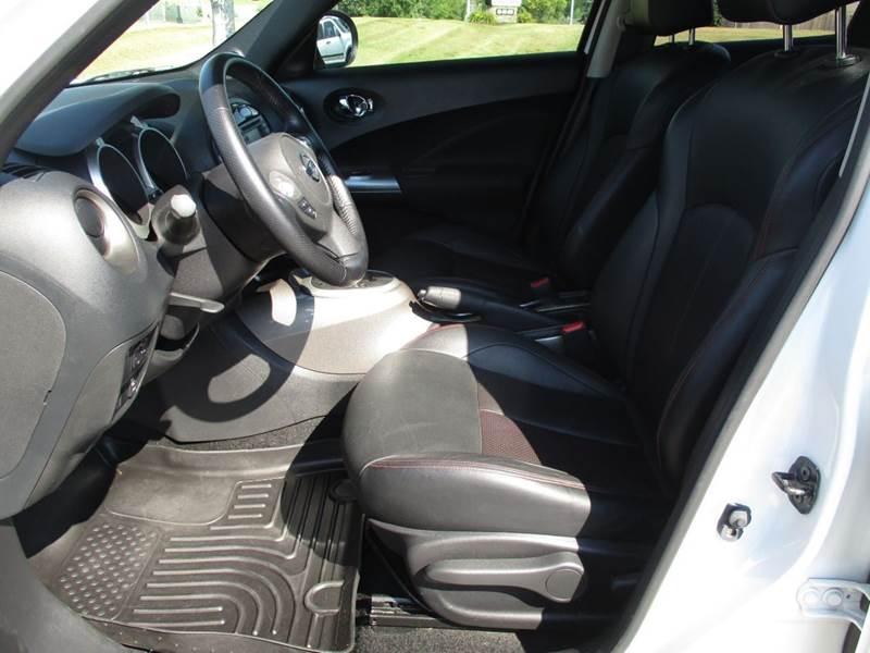 2013 Nissan JUKE AWD SL 4dr Crossover - La Vista NE