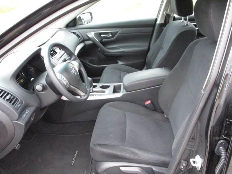 2015 Nissan Altima 2.5 SV 4dr Sedan - La Vista NE