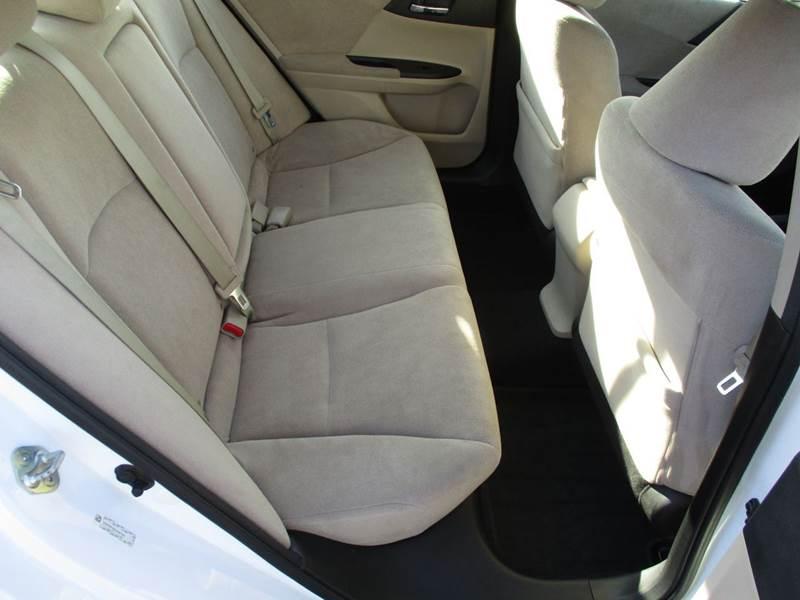 2013 Honda Accord LX 4dr Sedan CVT - La Vista NE