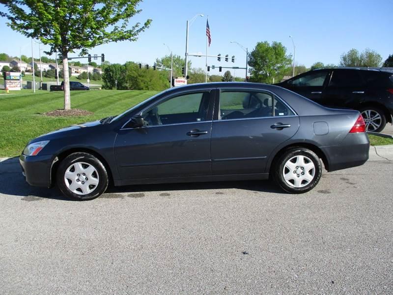 2006 Honda Accord LX 4dr Sedan 5A - La Vista NE
