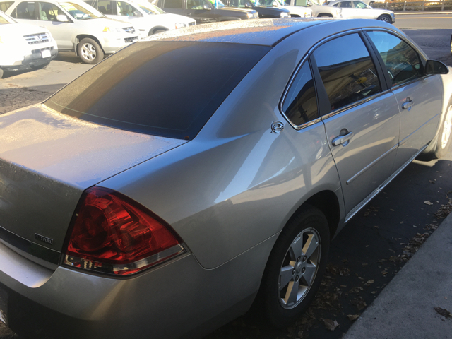 2008 Chevrolet Impala LT 4dr Sedan w/ roof rail curtain delete - Sonora CA