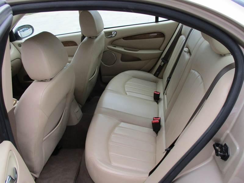 2004 Jaguar X-Type AWD 3.0 4dr Sedan - Rossville GA