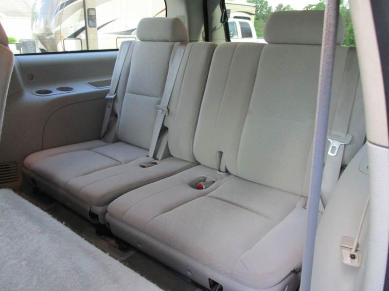 2007 Chevrolet Suburban LT 1500 4dr SUV 4WD - Rossville GA