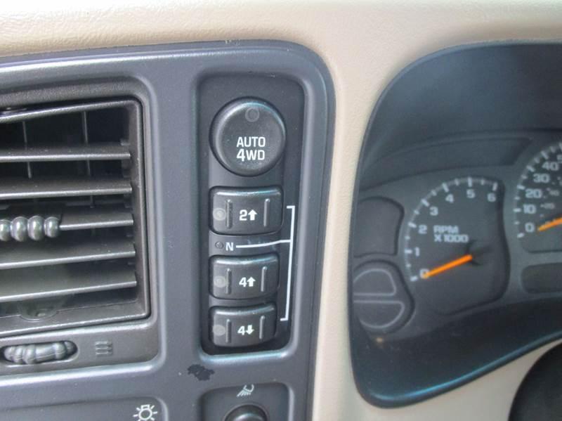 2005 Chevrolet Avalanche 1500 LT 4dr 4WD Crew Cab SB - Rossville GA
