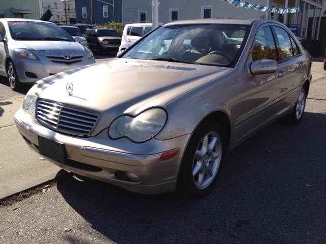 Mercedes benz for sale in new bedford ma for Mercedes benz bedford