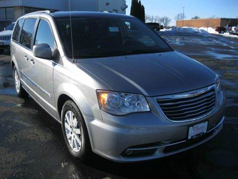 2016 Chrysler Town and Country for sale in Beaver Dam, WI