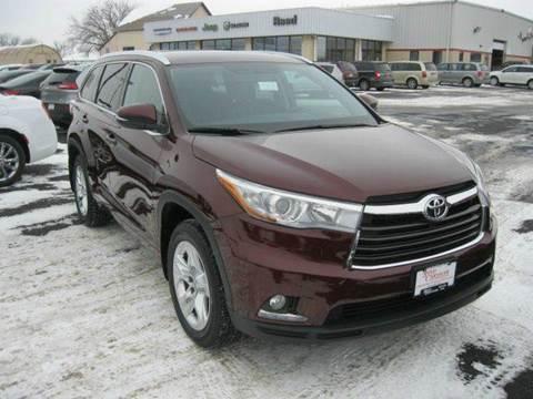 2014 Toyota Highlander for sale in Beaver Dam, WI
