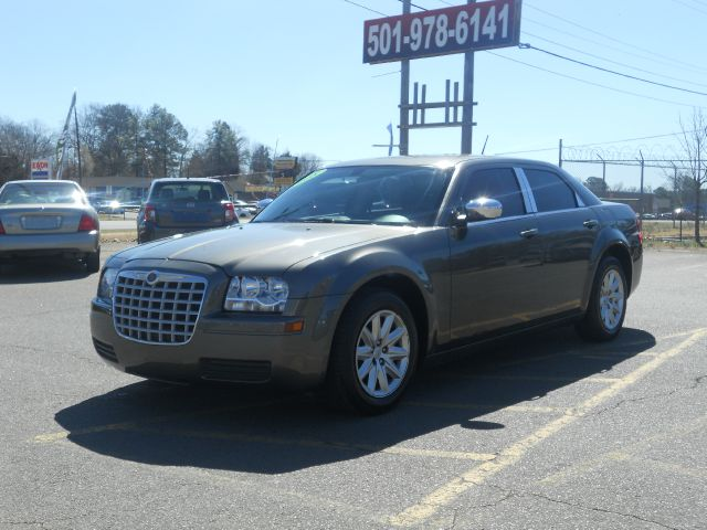 2008 Chrysler 300 for sale in LITTLE ROCK AR
