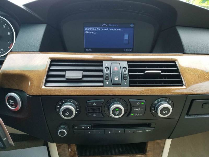 2009 BMW 5 Series AWD 528i xDrive 4dr Sedan - Hyannis MA