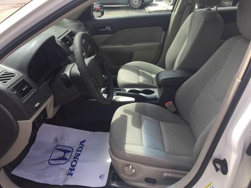 2010 Ford Fusion SE 4dr Sedan - Hyannis MA