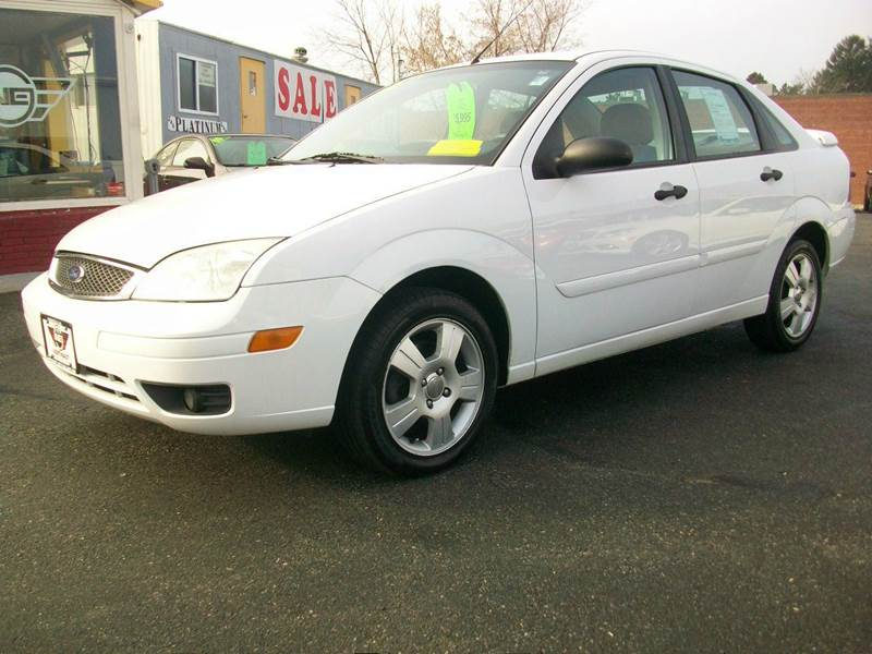 2005 ford focus zx4 ses 4dr sedan in wakefield ma. Black Bedroom Furniture Sets. Home Design Ideas