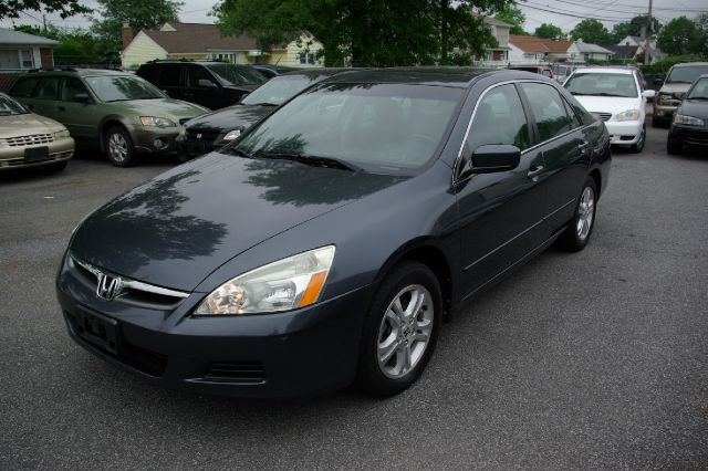 2006 Honda Accord for sale in UNIONDALE NY