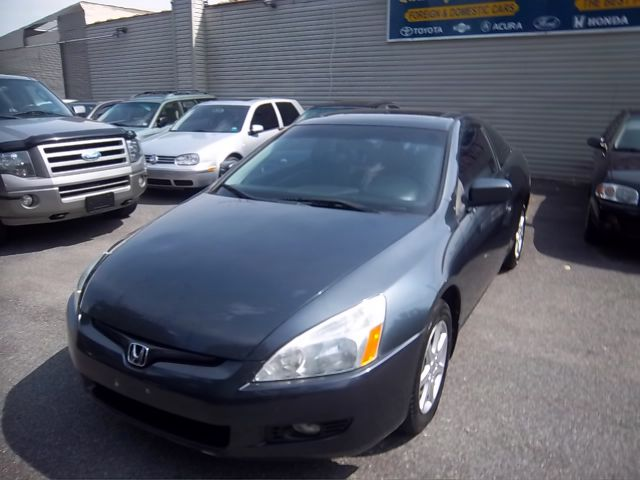 2003 Honda Accord for sale in UNIONDALE NY