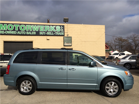 2008 Chrysler Town and Country for sale in Eastpointe, MI