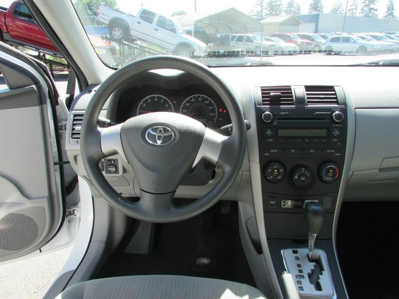 2010 Toyota Corolla LE 4dr Sedan 4A - Burien WA