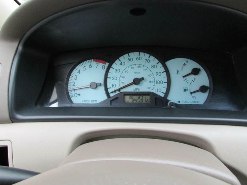 2003 Toyota Corolla LE 4dr Sedan - Burien WA