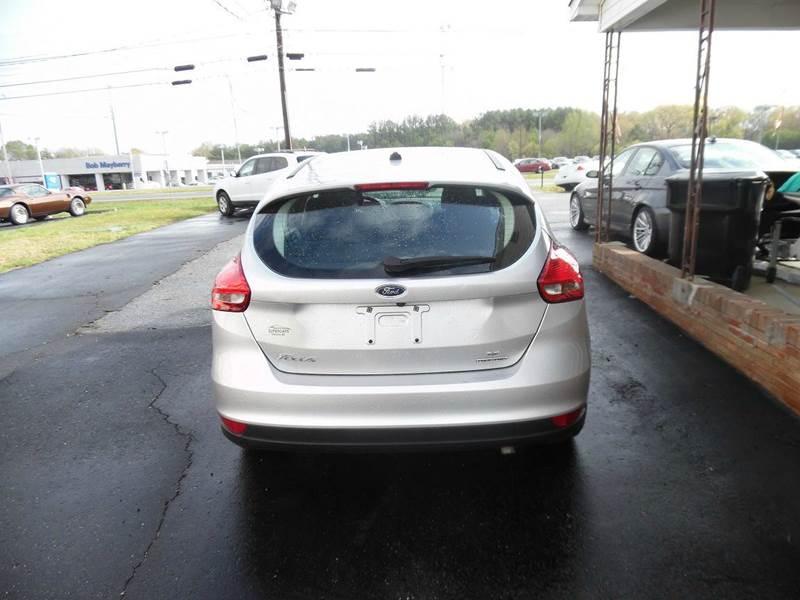 2015 Ford Focus SE 4dr Hatchback - Monroe NC