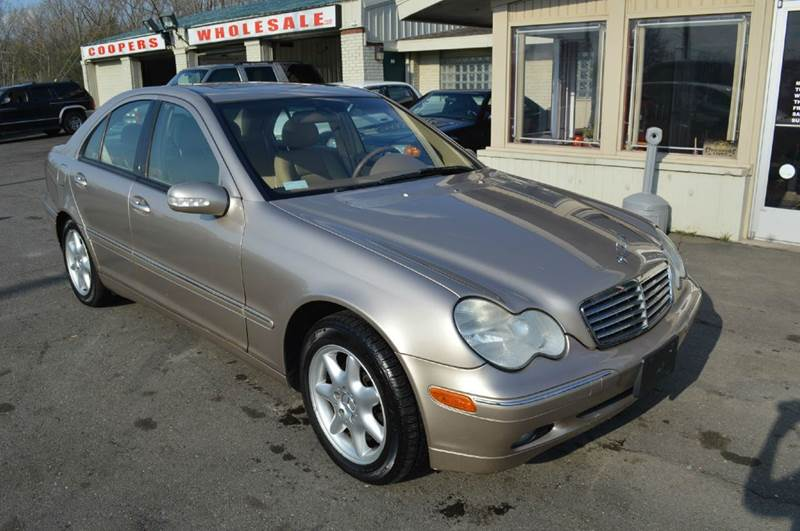 2004 mercedes benz c class c 240 4matic 4matiawd 4mati4dr for Mercedes benz bloomfield mi
