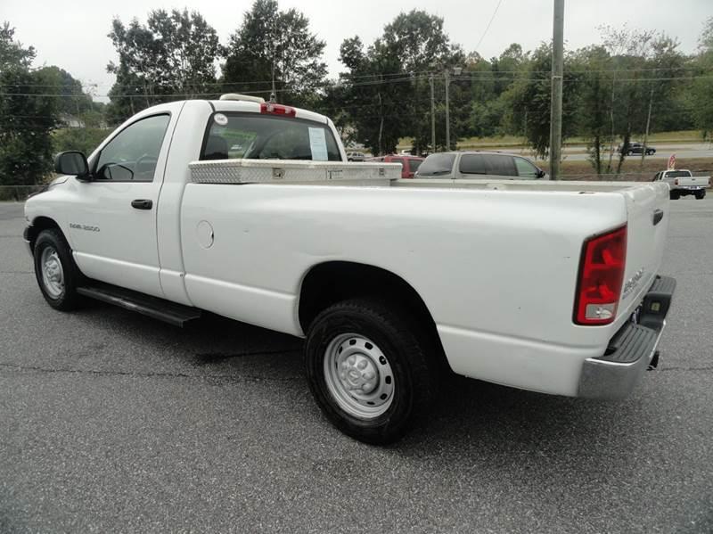 2004 Dodge Ram Pickup 2500 2dr Regular Cab ST Rwd LB - Granite Falls NC