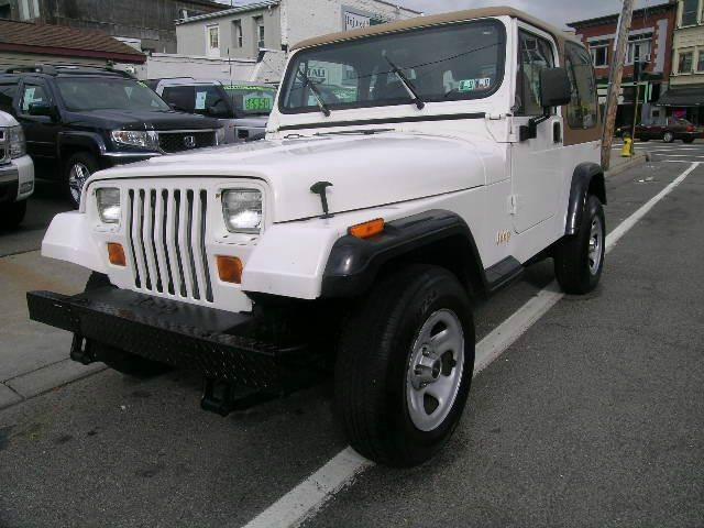 1995 jeep wrangler rio grande 4wd suv 2dr in johnson city. Black Bedroom Furniture Sets. Home Design Ideas