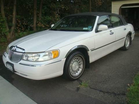 2000 Lincoln Town Car for sale in Johnson City, NY
