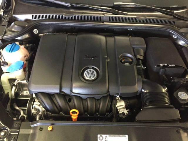 2011 Volkswagen Jetta SEL PZEV 4dr Sedan 6A w/ Sunroof - Phoenix AZ