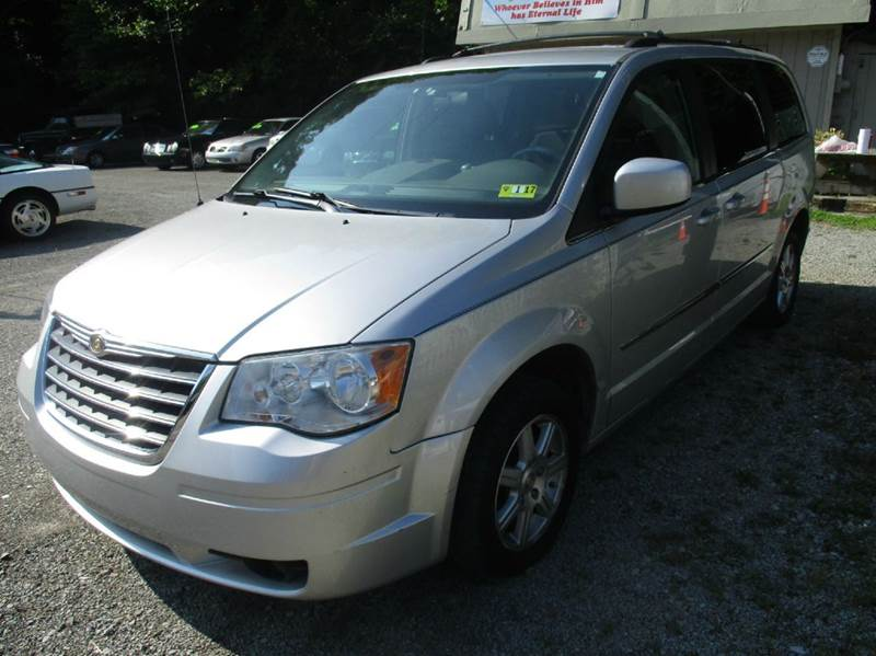 2009 chrysler town and country touring mini van 4dr in. Black Bedroom Furniture Sets. Home Design Ideas