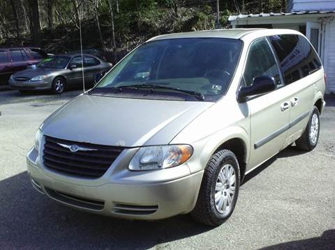 2005 Chrysler Town and Country for sale in Verona, PA