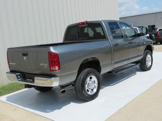 2006 Dodge Ram Pickup 2500 SLT 6SPD MANUAL CUMMINS 4X4  - Houston TX