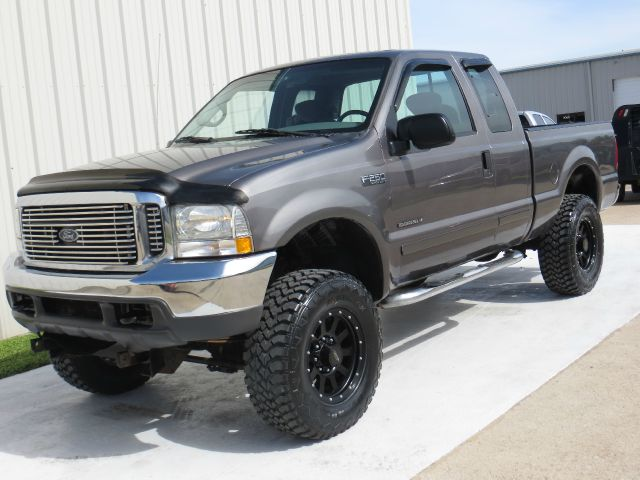 2002 Ford F-250 XLT 7.3L LIFTED 4X4  - Houston TX