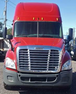 2011 Freightliner Cascadia for sale in Houston, TX