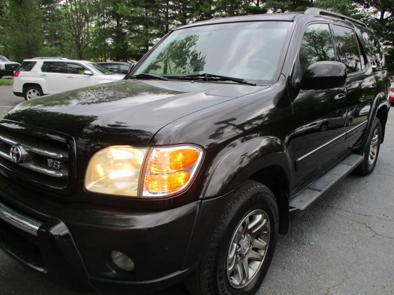 2003 Toyota Sequoia Limited 4WD 4dr SUV - Leesburg VA