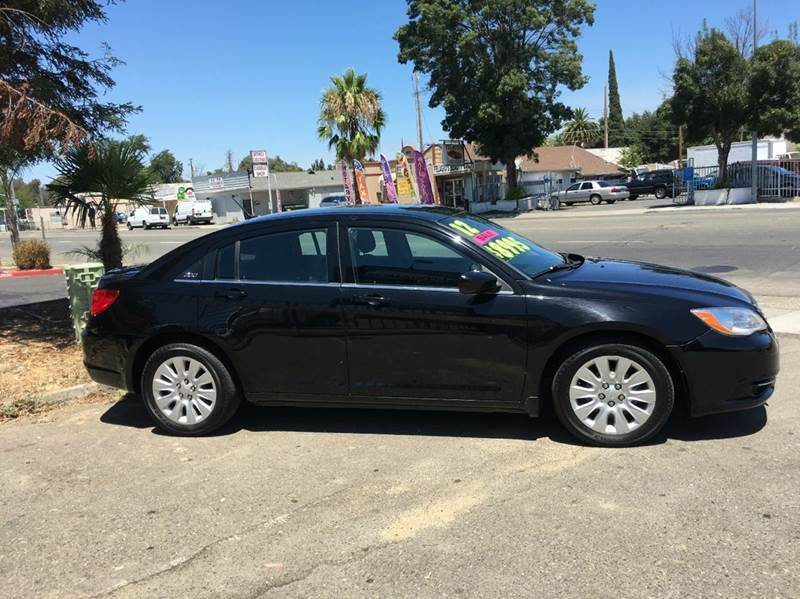 2012 Chrysler 200 LX 4dr Sedan - Sacramento CA