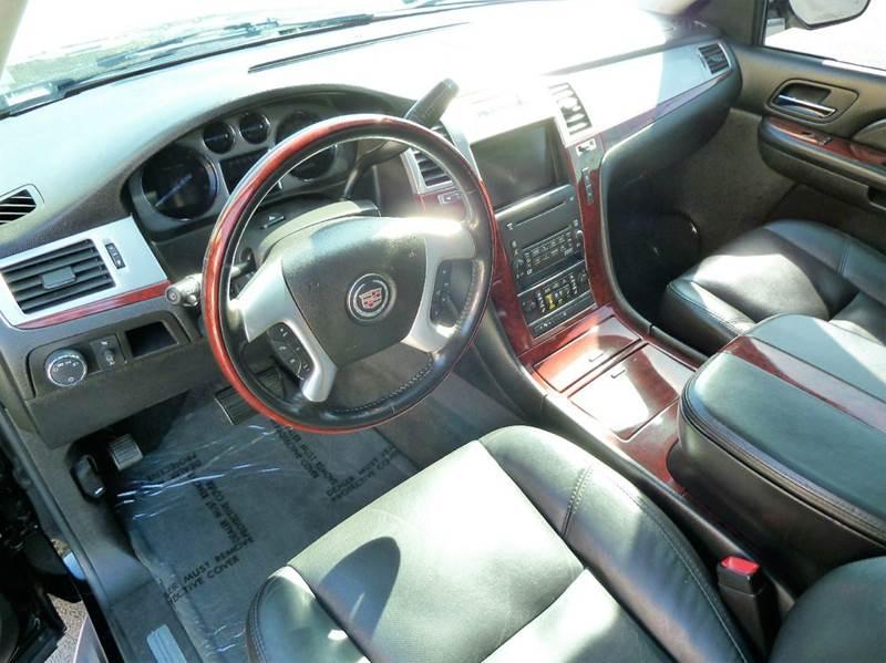 2007 Cadillac Escalade Base AWD 4dr SUV - Louisville KY