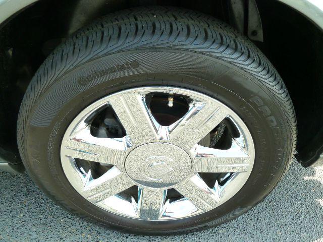 2007 Cadillac DTS Luxury 1 - Louisville KY