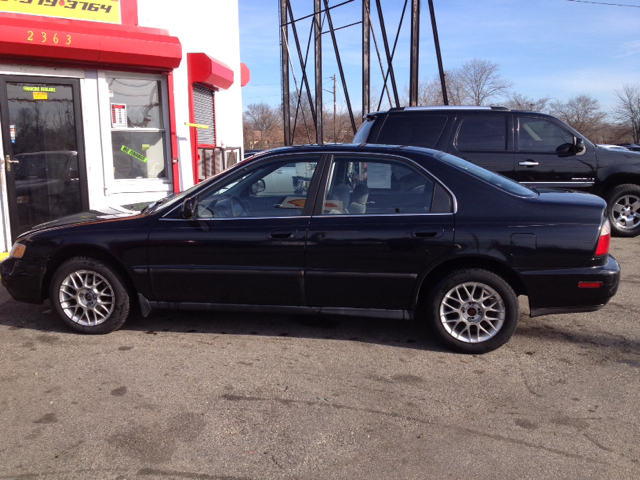 Used 1997 honda accord for sale for Paul christensen motors vancouver inventory
