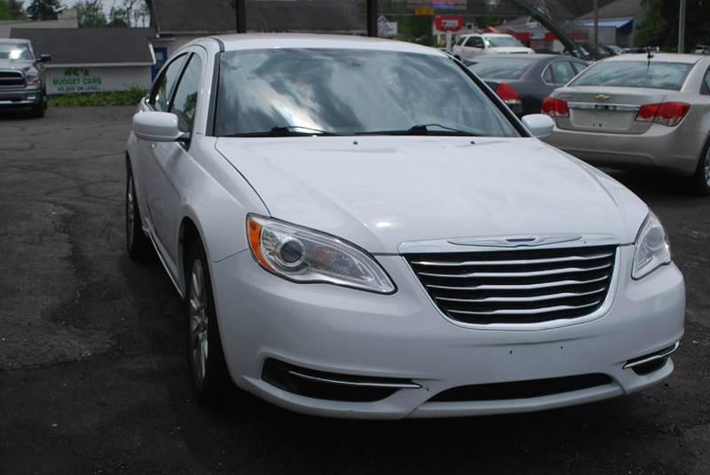 2013 Chrysler 200 LX 4dr Sedan - Kalamazoo MI