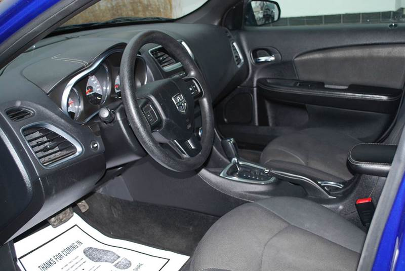 2013 Dodge Avenger SE 4dr Sedan - Kalamazoo MI