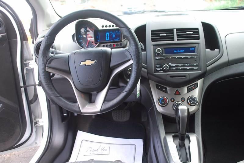 2012 Chevrolet Sonic LS 4dr Hatchback w/2LS - Kalamazoo MI