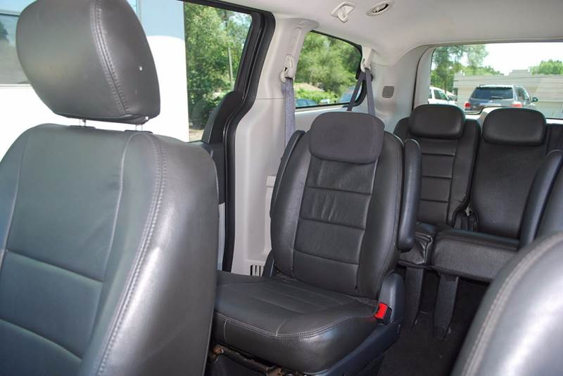 2010 Dodge Grand Caravan SE 4dr Mini-Van - Kalamazoo MI