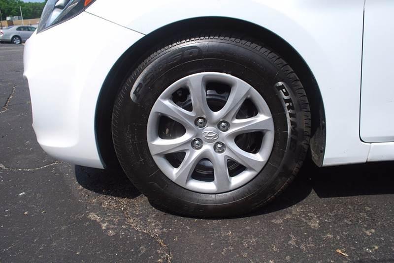 2013 Hyundai Accent GLS 4dr Sedan - Kalamazoo MI