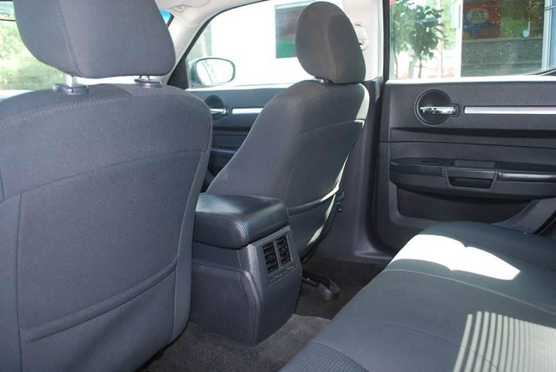 2010 Dodge Charger SE 4dr Sedan - Kalamazoo MI