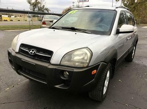 2005 Hyundai Tucson for sale in Topeka, KS